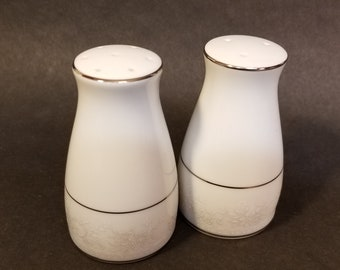 "Noritake Contemporary ""Misty"" #2883 Fine China Salt and Pepper Shakers"