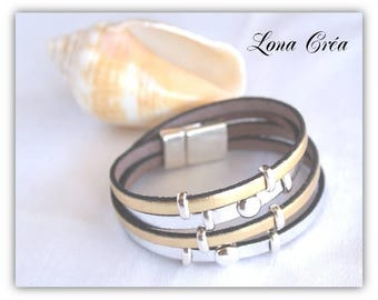 Leather Bracelet silver and Gold - 2 loops and clasp in silver plated zamak - festive jewelry - gold bracelet