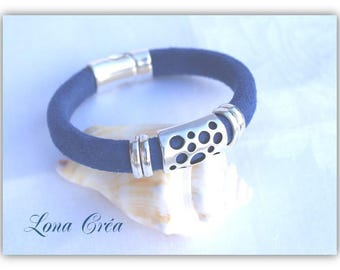 Blue leather bracelet Regaliz Nubuck blue perforated metal ring and Metal magnetic zamak, perforate a metal clasp