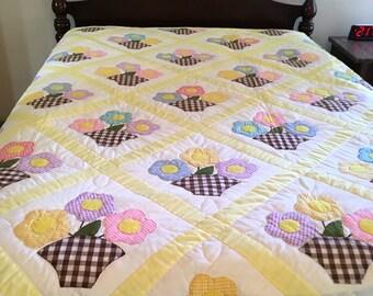 Vintage Handmade Quilt - Applique Flower Baskets