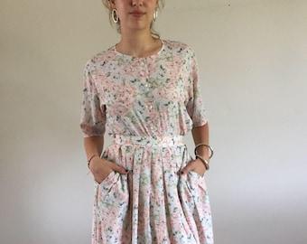 Vintage 80s Jaeger Silky Pastel Floral 2 Piece Blouse & Skirt Set    26W size 2/4