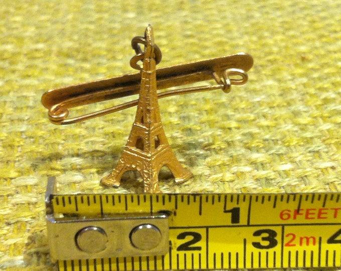Vintage Pin Button Tower France decoration accessoires deco