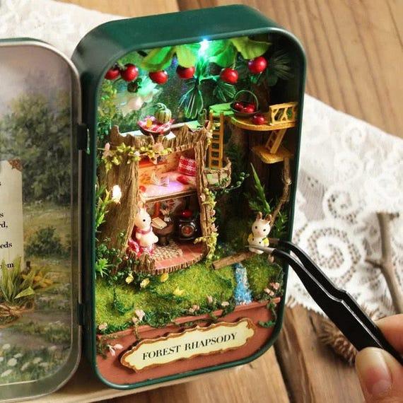 Light Up Theater: Light Up Miniature DIY Box Theatre Enchanted Dollhouse