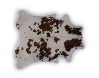 Cowhide Rug Size / cowskin (1.75x1.65) 0273