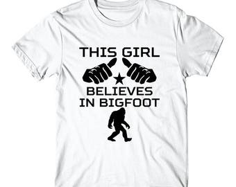 This Girl Believes In Bigfoot Cool Sasquatch T-Shirt