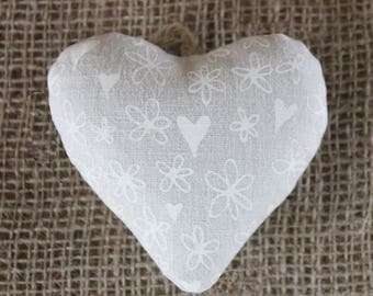 Handmade linen heart-shaped hanging lavender bag