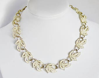 Signed Coro Vintage Cream Enamel Leaves Choker Necklace