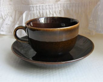 Arabia Finland: A Set Of Two Unknown Coffee Cups And Two Saucers, Arabia Stamp Used in 1949-1964