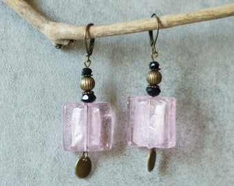 Earrings pink glass and metal bronze