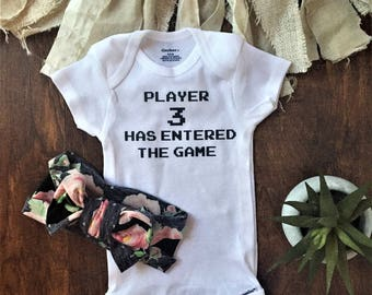 Player 3 has entered the game, baby onesie, player 3 onesie, gamer onesie, gaming onesie, video game baby, girl, boy, video game baby shower