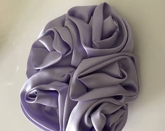 Purple satin with pin rose behind 12 * 10 cm