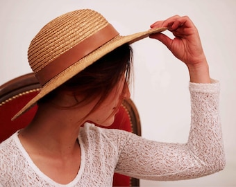 Natural straw quality hat.