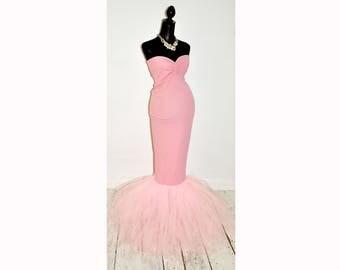 Light pink maternity dress for pregnancy photoshoot. Size M-XL (Eur 38-42, UK 10-14, US 6-10)
