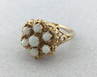 Stunning Solid 14k Yellow Gold and Opal Ring! Size 7.5!
