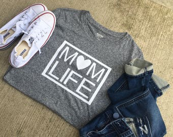 Mom life short sleeved shirt/mom style/mom fashion/mom shirts/momlife/mom tees/mom tshirts/mama bear/momma bead