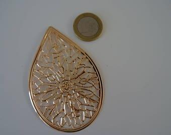 Large golden leaf charm