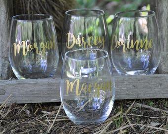 Set of 13 Personalized Wine Glasses / Bachelorette Party / Bridal Party Wine Glasses / Wine Glass / Bridesmaid Gift / Wedding Wine Glasses