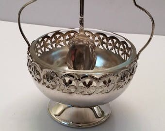 Celtic Quality Plate Condiment Bowl w/Pyrex Insert and Silver Plate Spoon