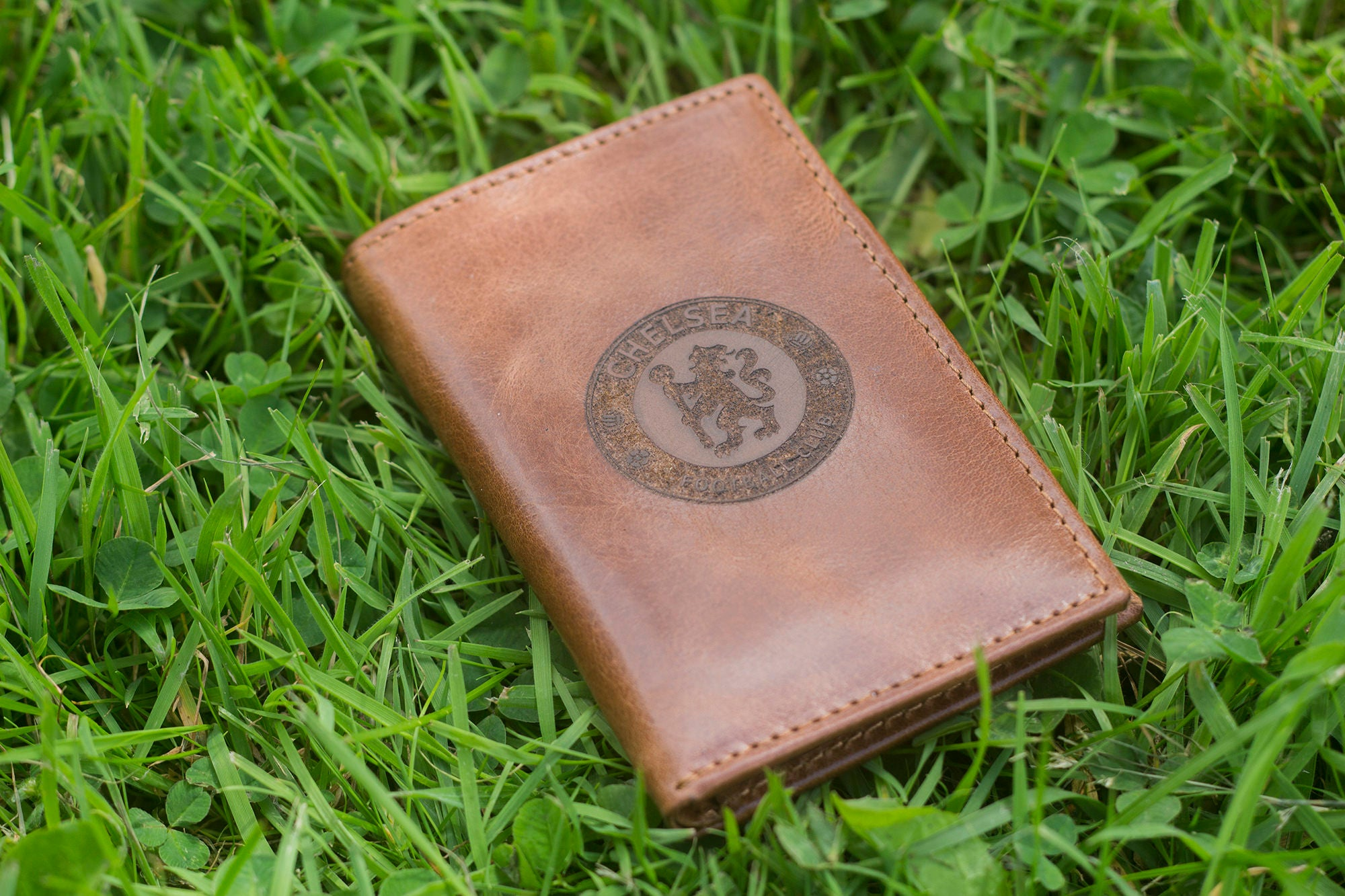 chelsea f c logo real leather wallet credit id business card