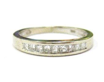 14K White Gold Diamond Band - X3166