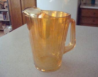 Vintage Jeannette 12B Carnival Glass Pitcher with Ice Lip