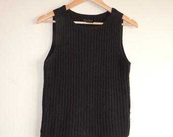 FREE SHIPPING - Vintage MARIMEKKO dark brown Merino wool knitted vest, size xs