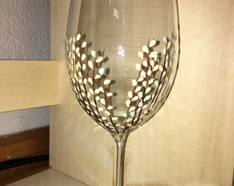 White Willow Wine Glass
