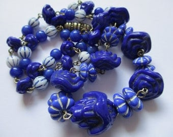 Vintage Art Deco Czech Glass Bead Necklace