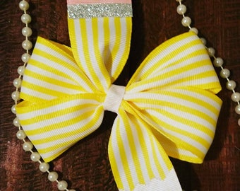 Back to school pencil hair bow
