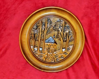 Decorative wall plate of French wooden Tomb Guillaume Tell