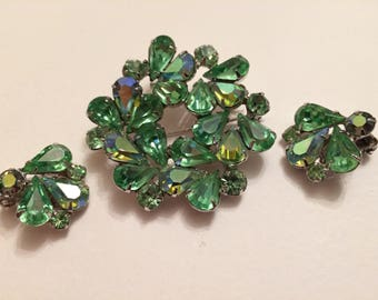 WEISS* Stunning Rhinestone Brooch and Clip On Earrings Demi Parure, Signed