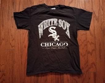 Vintage Chicago White Sox faded black tshirt. XL