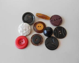 Assorted Vintage Buttons Lot 5