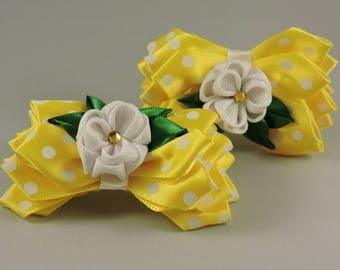 Kanzashi flower hair ties. Set of 2 hair ties. Girls hair ties. Free shipping