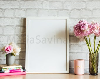Styled Stock Photo | Frame Mock Up | Product Mock Up | Empty Frame Mock Up | White Frame Mock Up | Feminine Scene | Stock Photography