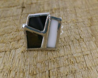 Black and white stained glass ring