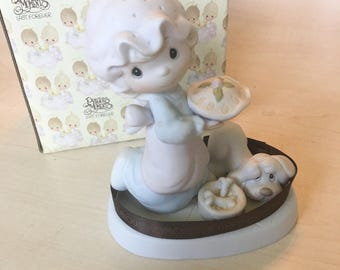 Vintage Precious Moments Dropping Over for Christmas Figurine E-2375
