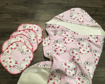 Hooded Baby Towel - Bamboo Terry - Bunny Love