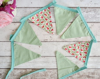 Green floral bunting with polkadot edging 2 meters long plus ties at each end, Floral party bunting, vintage style wedding bunting