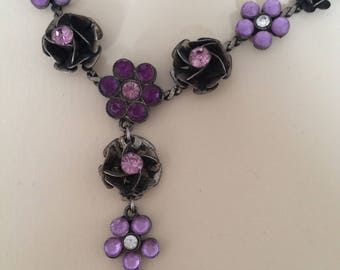 Lilac, Lavender blooms & buds flower necklace