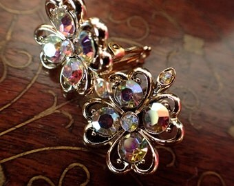 Vintage Earrings, Crystal Earrings, Clip On Earrings, Clover Earrings, Floral Earrings, Cluster Earrings, Vintage Jewelry, Gifts for Her