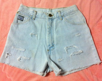 Vintage Wrangler Light Blue Denim Jean Shorts / Vintage Wrangler Light Blue High Waisted Denim Cut Off Shorts