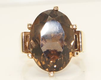 Vintage Large 9Ct Gold 13 Ct Smoky Quartz Dress Style Ring, Size P, 7.2g