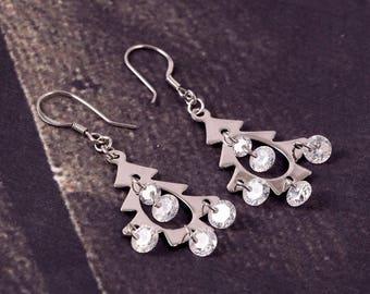 Wow So BEautiful Look Christmas Tree Style 92.5 Sterling Silver Earrings 3.48 Gms..length 4.10 CM .Code MGJ 116