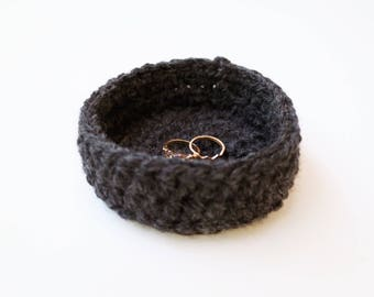 BIJOU TRINKET DISH | small crochet trinket dish, home storage & organisational decor