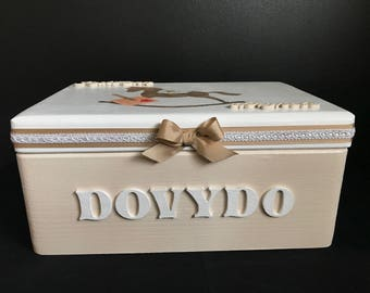 Wooden personalized boy keepsake box, decoupage box, baby boy wooden box, gift for a boy, personalized with a name