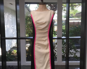 Beautiful Cream Black Dress with Hot Pink Detail size 2 or Small