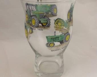 JOHN DEERE 1pt Craft Beer Glass 6 different tractors on