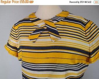 FLASH SALE Vintage 60s Mod Dress - Mad Men Secretary Dress - Plus Size Vintage