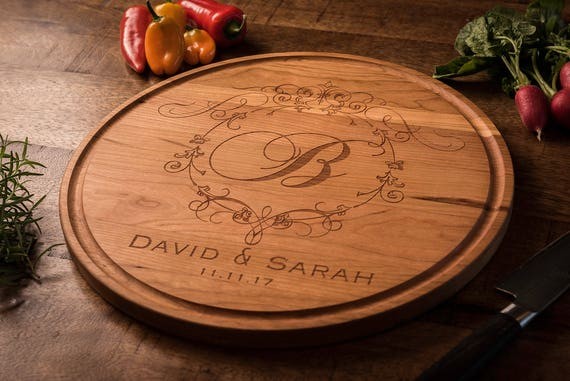 Monogrammed Wood Cutting Board, Custom, Personalized Gift, Gift for Couple, Wedding Gift, Anniversary Gift, Housewarming Gift, Engraved Gift